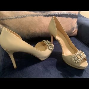 Nine West cream bling heels